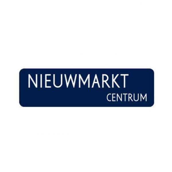 Amsterdams straatnaambord - Nieuwmarkt centrum