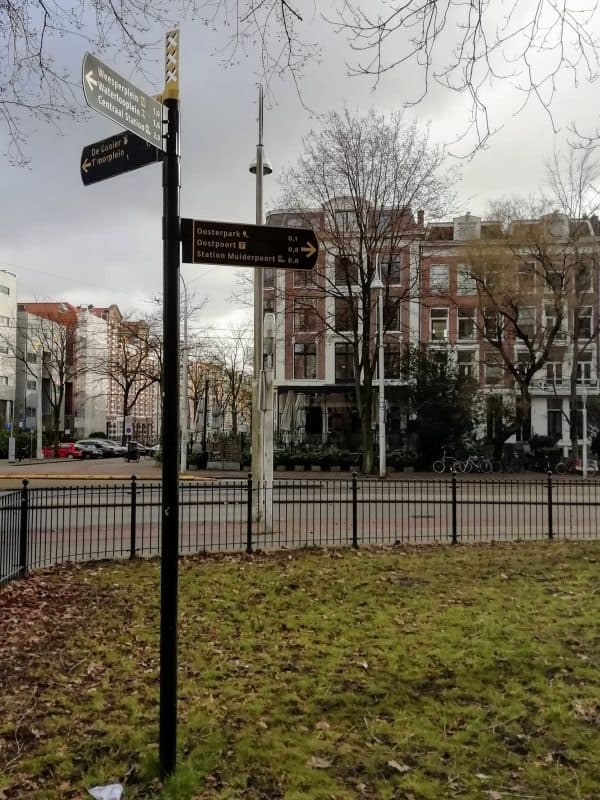Amsterdam verwijsbordjes